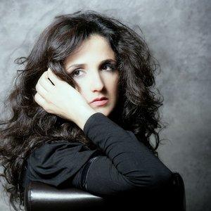 Imagem de 'Tania Saleh'