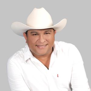 Fernando Tovar - 0eec0f5f0c45428d909c51625384ae46