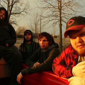 Imagem de 'John Moreland & the Black Gold Band'