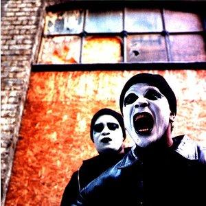 Bild för 'Shut Up and Dance'