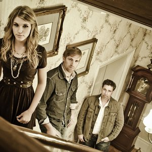 Image pour 'The Henningsens'