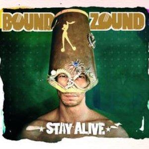 Imagem de 'Stay Alive'