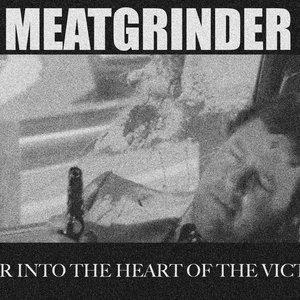 Imagem de 'FEAR INTO THE HEART OF THE VICTIM'