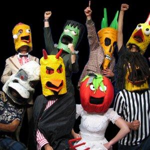 Bild för 'The Radioactive Chicken Heads'