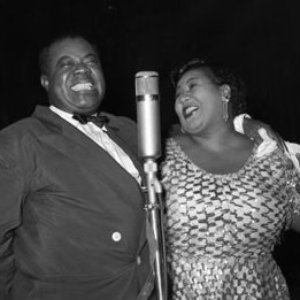 Image for 'Louis Armstrong & Velma Middleton'