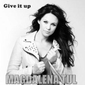 Zdjęcia dla 'Give It Up'