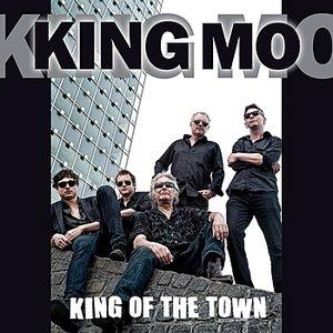 Bild för 'King Of The Town'