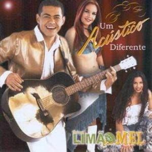 Image for 'Um Acustico Diferente'