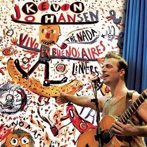 Imagem de 'Kevin Johansen + The Nada + Liniers: Vivo En Buenos Aires'