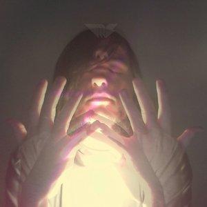 Bild för 'Eccentric Pyramid'