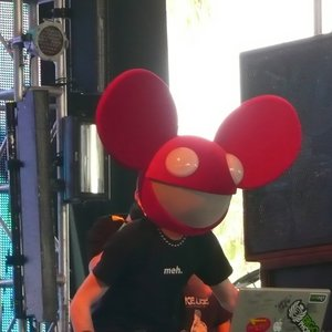 Image for 'Deadmau5 ft. neon hitch'