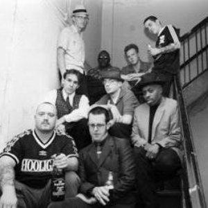 Bild för 'Los Hooligans'