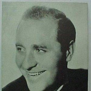 Image for 'Wayne King'