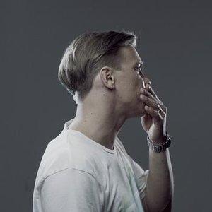 Image for 'Pitää mennä'