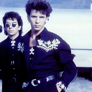 Immagine per 'Climie Fisher'
