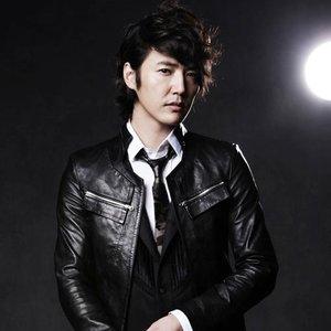 Bild für '윤상현'