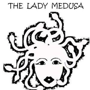 Image pour 'The lady Medusa final mixes'