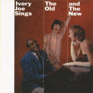 Imagem de 'Sings The Old & The New'