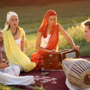 Imagen de 'Shanti People'