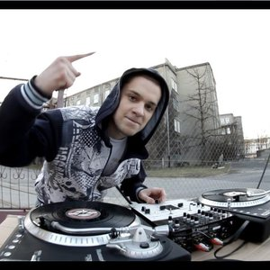 Image for 'DJ Czarli'