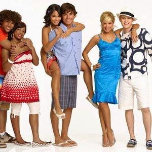 Image for 'HSM2 Cast'