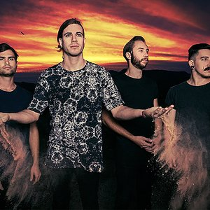 Image pour 'In Hearts Wake'