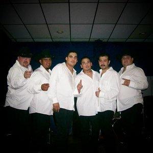 Bild för 'Los Casanovas'