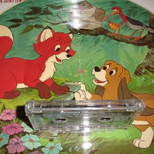 Immagine per 'Meets The Fox and the Hound'
