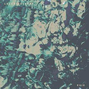 Image pour 'Evie'