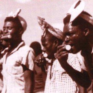 Bild för 'Mami Nakwenda & Belifa Nyabanda'