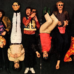 Bild för 'The Bonzo Dog Band'