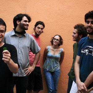 Bild för 'Graveola e O Lixo Polifônico'