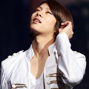 Bild för '김희철'