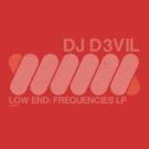Imagem de 'Low End: Frequencies LP'
