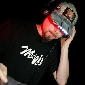 DJ Schmolli