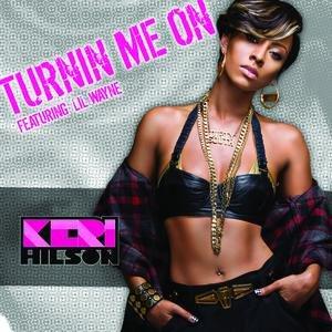 """Turnin Me On (Edited Version)""的图片"