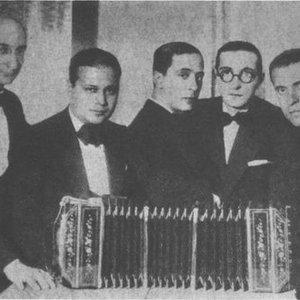 Image for 'Pedro Laurenz y su Orquesta Tipica'