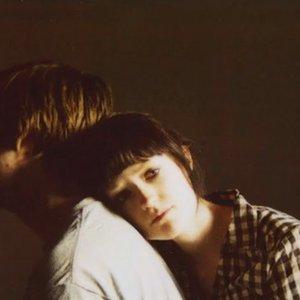 Imagen de 'Breaks my heart'
