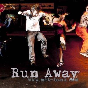 Bild för 'Run Away'