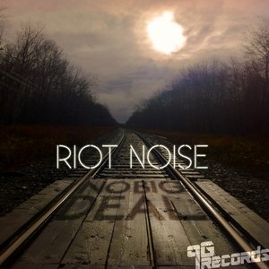 Immagine per 'Riot Noise'