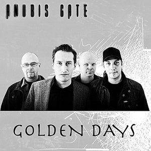 Imagem de 'Golden Days'