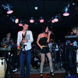 Bild för 'Apelsin Band'