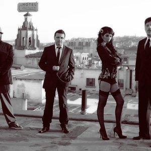 Bild för 'Madame Ur y Sus Hombres'