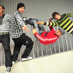 Bild för 'kungfu junkies'