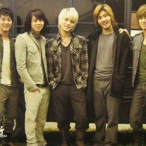 Imagen de ''O' - Jeong.Ban.Hab'