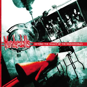 Bild för 'Beyond the Valley of the Murderdolls'
