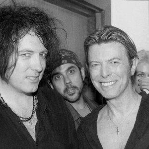 Immagine per 'David Bowie feat. Robert Smith'