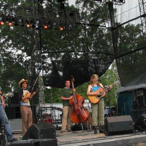 Immagine per 'Robinella & The CC String Band'