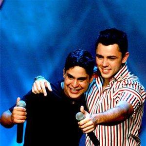 Imagem de 'Jorge & Mateus Ao Vivo 2009  www.AGITOUNAI.com.br As Melhores Músicas Você Encontra Aqui'