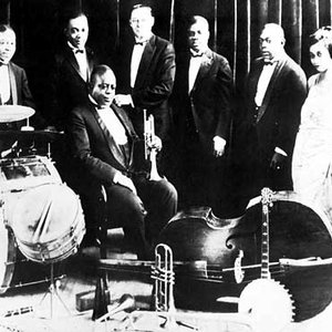 Immagine per 'Louis Armstrong & His Hot Seven'